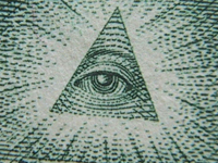 All-seeing eye curses US dollar