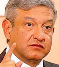 Leftist Lopez Obrador retakes lead in Mexico's presidential race