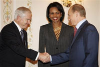 Putin makes Condoleezza Rice laugh in Moscow