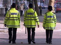 Handling of police files on dangerous criminals raises furor in Britain