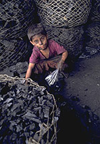 Pakistan begins to reduce child labour, but still have a lot's of problems to solve