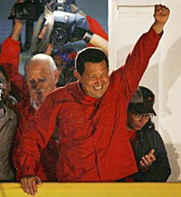 Hugo Chavez to approve mining law