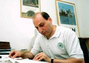 Iran detains prominent philosopher
