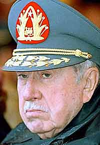 Pinochet saves 9 tons of gold in Hong Kong bank
