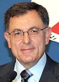 Lebanese PM promises 33,000 dollars per destroyed house