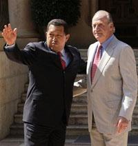 Hugo Chavez invites Spanish king to the beach