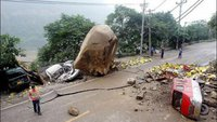 Russian boy survives rockfall in Thailand, loses his mother. 53720.jpeg