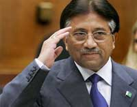 Musharraf fights for political survival over Pakistan's judicial crisis
