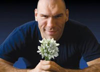 Boxer Nikolay Valuev sings songs to make many Russians pay their debts