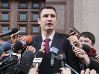 Vitali Klitschko to knock out all Ukrainian politicians. 45738.jpeg
