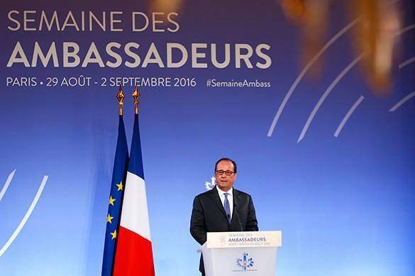 French President Hollande hopes to bury the hatchet with Russia. 58739.jpeg