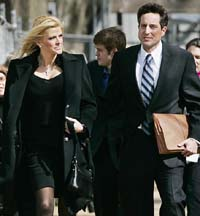 Ex-boyfriend files second suit against Anna Nicole Smith