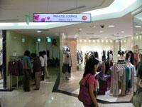 Bomb blast in popular department store in Sri Lanka kills 16, wound 20