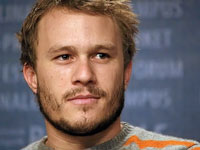 Overdose kills Heath Ledger
