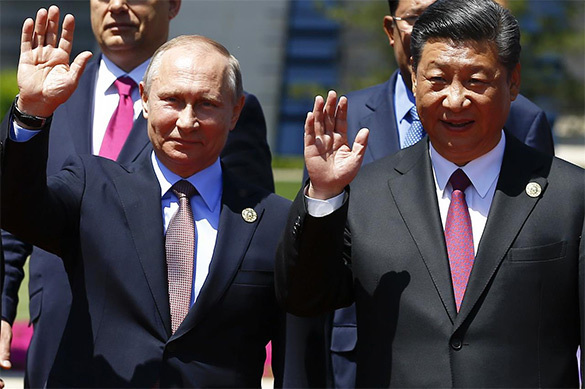 Russia and China: The dragon and the bear build new world order for themselves. 60761.jpeg