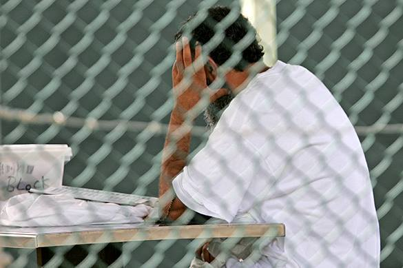 Judge orders Obama to release force-feeding video at Guantanamo. Detainee