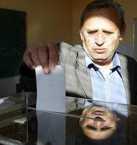 EU downplays impact of Serb referendum on future status of Kosovo
