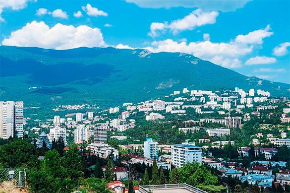 Crimea: One way road. 60770.jpeg