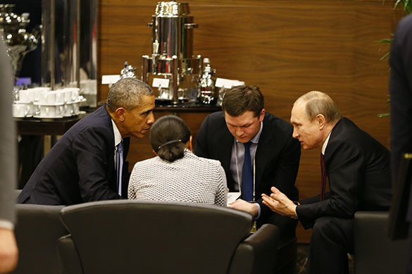 G20: Obama changes tone after 20 minutes of talking to Putin. Barack Obama and Vladimir Putin at G20