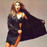 Jennifer Aniston settles lawsuit over topless photos