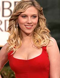 Scarlett Johansson is Harvard's Hasty Pudding Woman of the Year