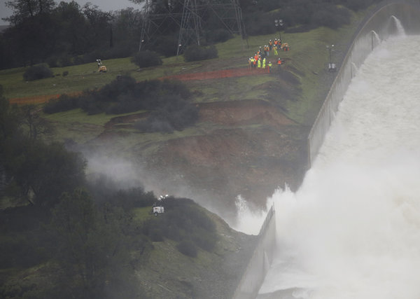 No return home in sight for thousands of Californians sheltering from dam
