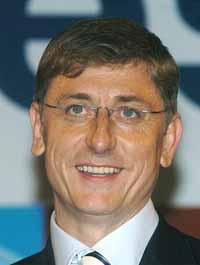 EU justice commissioner demands U.S. visa program apply to all citizens in bloc