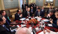Putin and Poroshenko make step forward in Milan. 53785.jpeg