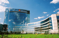 Glaxo's shares fall 1.4 percent to 26.33 dollars due to FDA information demands