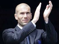 Zinedine Zidane Denies Suggestions He Still Has Significant Influence over Dressing Room