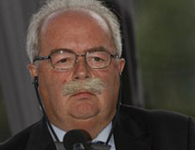 Total CEO killed in Moscow as his plane crashes during take off. 53802.png