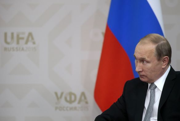 Perfect Russia for the West: Kneeled and in tatters. Russia vs. the West