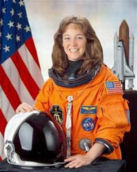 Lisa Nowak, former NASA astronaut, freed from ankle monitor