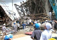 Vietnam bridge collapse kills 43