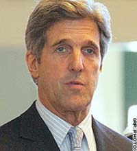 Kerry apologizes for remark about troops after pressure from Democrats, Reublicans