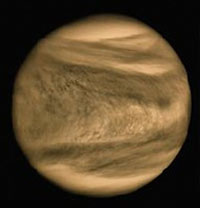 Astronomers confirm that Venus has frequent bursts of lightning