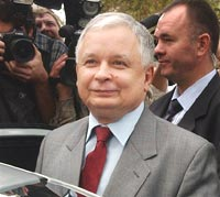 Lech Kaczynski taken to hospital with acute viral infection