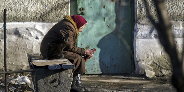 Strong price growth bankrupts Russians - expert. Poverty in Russia grows