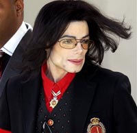 LA judge orders Michael Jackson to pay USD 175,000 law firm