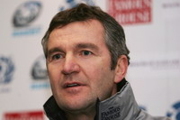 Frank Hadden to remain rugby union coach until at least November 2008