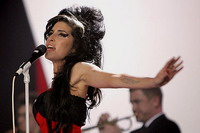 Amy Winehouse allegedly arrested for interfering with court case involving her husband