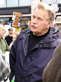 Martin Sheen, peace activists cited during anti-nuclear protest