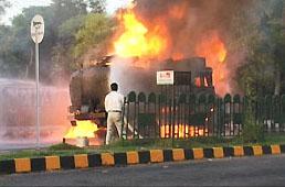 Blaze at trade fair in India: 52 killed, 200 injured