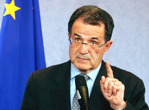 Italy: Romano Prodi  expects to form a government within a week after Parliament's election of president