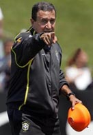 Parreira sees good and bad things in Brazil's first full practice
