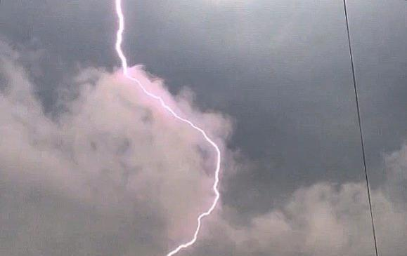Lightning kills man during thunderstorm in Moscow. Lightning strike