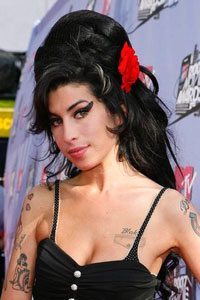 British singer Amy Winehouse not guilty of assault