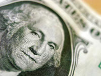 U.S. dollar loses its value because of dirty politics