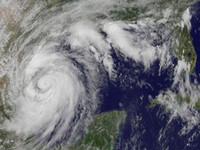 Hurricane Alex: Mexico and U.S. Braced