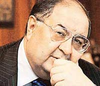 Alisher Usmanov increases stake in Arsenal